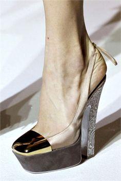 amazing runway shoes