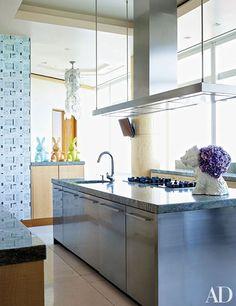 We visit jewelry designer Kara Ross at her glamorous Manhattan penthouse with incredible city views