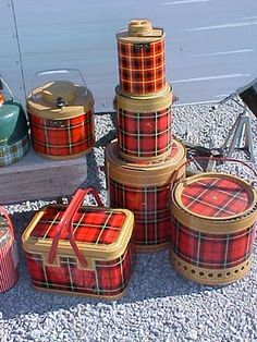 Boy, do I remember the Scotch plaid picnic paraphernalia - wish I still had some.
