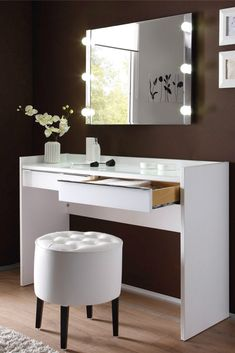 Make-up table with mirror. At Meubelen Jonckheere you will find furniture and . - Make-up table with mirror. At Meubelen Jonckheere you will find furniture and decoration that will - Dressing Table Design, Makeup Rooms, Cozy Bedroom, Find Furniture, New Room, Decoration, Room Inspiration, Rum, Sweet Home