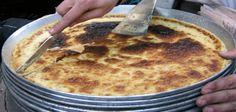 Buon venerdì a tutti ,   ecco un piatto tipico dello street food del #Marocco, la Caliente la torta di ceci #Tangeri , ottima consumata ancora bollente !