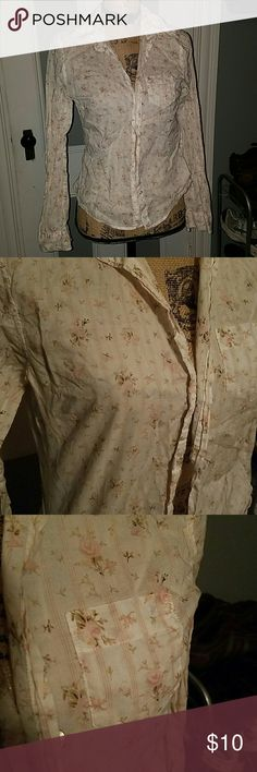 Sold Size large Abercrombie & Fitch Pink Rose Floral and striped button-down Abercrombie & Fitch Tops Button Down Shirts
