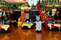 Big Jungle Party, all kind of animals, birds, flowers and palm trees!