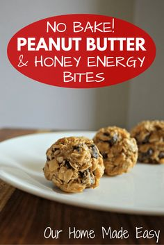 Easy No Bake Chocolate & Peanut Butter Bites Peanut Butter Bites, Chocolate Peanut Butter, Peanut Butter Energy Balls Recipe, Baking Chocolate, Protein Ball, Protein Snacks, Protein Bites, Energy Snacks, Healthy Protein