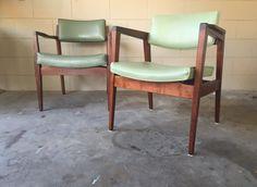 PAIR of Mid Century Gunlocke side chairs  vintage by ECHOESofRETRO