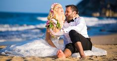 Düğün fotoğrafı pozları, gelin ve damat adaylarına ilham verecek romantik, eğlenceli, farklı ve yaratıcı pozlar ile düğün fotoğrafçısının önemi. http://www.fotografcilikkursu.com.tr/dugun-fotografi-pozlari-gelin-damada-ilham-kaynagi-olacak-10-poz/ #fotoğraf #düğünfotoğrafı #düğünfotoğrafçısı
