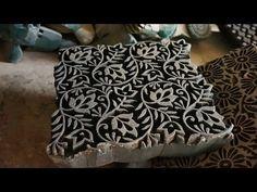 Nous avons rencontré des artisans fabriquant des tampons de bois pour l'impression textile à Pethapur, près de Gandhinagar (Gujarat) et à Sanganer et Bagru, ...