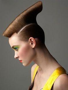 STYLING model hair ≈ :: Sculpted Hair