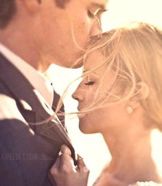 Want a wedding picture like this!