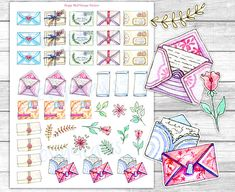 """Printable """"Happy Mail"""" stickers, painted with watercolors and inspired by vintage envelopes, letters, stationery... perfect to mark shipping dates and letter writing sessions in your planner - or to decorate letters! #planner #printable #stickers"""