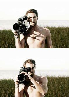 Oh hey I'm jus' gonna film you, hope you don't miiind... LEE PACE YOU CAN DO ANYTHING AS LONG AS YOU'RE SHIRTLESS