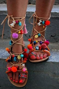 Greek Sandals Spartan Leather Sandals Pom Pom by DimitrasWorkshop - Schuhe Diy Leather Sandals, Lace Up Gladiator Sandals, Greek Sandals, Shoes Sandals, Hippie Style, Hippie Chic, Boho Chic, Bts Mode, Moda Afro