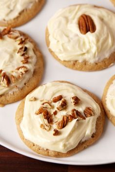 These Butter Pecan Cookies Have The Most Addictive Buttercream Frosting