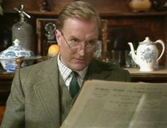 """Robert Hardy as Siegfried Farnum, in """"All Creatures Great and Small""""."""
