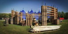 Creative use of pallets.: Colosseum made out of 700 pallets