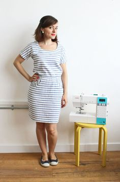 Bettine dress in stripey double gauze - pattern by Tilly and the Buttons-love the cut and material Dress Making Patterns, Easy Sewing Patterns, Clothing Patterns, Sewing Clothes, Diy Clothes, Clothes For Women, Bettine Dress, Tilly And The Buttons, Gauze Dress