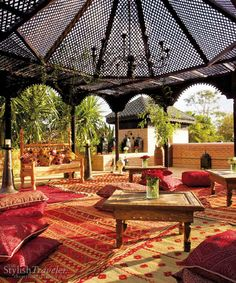 La Sultana, luxury restaurant and spa in the middle of the medina in Marrakech. http://www.travelmindset.com/themes/luxury/story/marrakech-restaurants-la-sultana-dinner