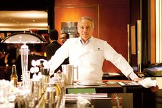 Good to know! 10 Event and Catering Rules From Chef Geoffrey Zakarian  The famed chef and restaurateur shares his biggest tips and tricks for menus, tablescapes, wine pairings, and more.
