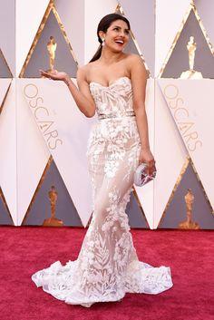 Priyanka Chopra wears Zuhair Murad on the Oscars 2016 Red Carpet