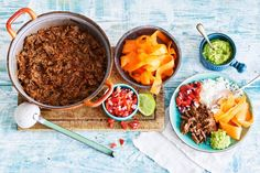 Superzacht rundvlees in een Mexicaans stoofpotje: daar wil je wel een paar uur op wachten - Recept - Allerhande