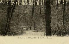 Gezicht in de Zwitserse Vallei in het bos op de Grebbeberg te Grebbe (gemeente Rhenen).1900-1905