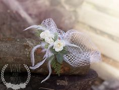 Bird cage veil with garden roses and white feathers by vineandmoss, $35.00