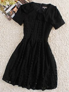 Black Round Neck Short Sleeve Hollow Silk Dress :} Little black dress :)