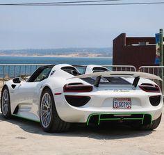 "339 Likes, 5 Comments - Dreamlife Supercars (@dreamlife._supercars) on Instagram: ""Porsche 918 Spyder Photo by @illzphotos #Porsche #918 #Porsche918"""
