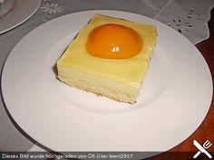 Spiegeleikuchen vom Blech, ein tolles Rezept aus der Kategorie Kuchen. Bewertungen: 60. Durchschnitt: Ø 4,4.