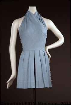 Claire McCardell romper playsuit 1948. Wrapped bodice clearly shows the bias cut that Claire often used for her tops; easy to use ball-button closure down left side.