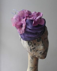 Lisa Shaub Fine Millinery#kentuckyderbyparty #fascinators #cocktailhats #racingstyle