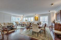 1132 Bay St Suite 701 Yorkville Toronto Condos Living Dining Room Victoria Boscariol Chestnut Park Real Estate