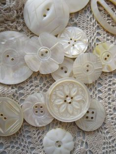 Vintage buttons made from Mother of Pearl shells. The Common Thread