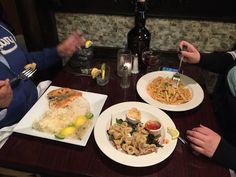 @ironmonkeybar  #dinnerwithbesties #craftBeers #memmories #GreatFood