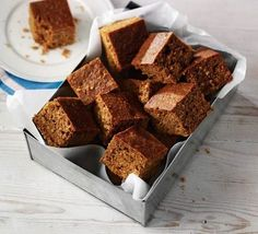 Parkin: a Bonfire Night tradition For food writer Carol Wilson, Bonfire Night is all about the parkin. Discover how this popular gingerbread cake became a seasonal tradition and try our perfect parkin recipes. Parkin: a Bonfire Night Treats, Bonfire Parties, Parkin Recipes, Yorkshire Parkin, Yorkshire Food, Vegetarian Desserts, Gingerbread Cake, Bbc Good Food Recipes, Yummy Food