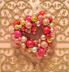 Valentine ornament wreath DIY