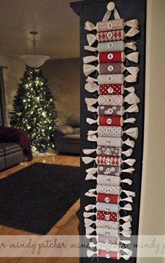 DIY Toilet Paper Roll Advent Calendar - tie the ends so that no peeking ensues! Oh the magic an advent calendar can bring to the Christmas Season! I came across some spectacular DIY advent calendars! Check them out! Alcohol Advent Calendar, Craft Beer Advent Calendar, Advent Calendar Boxes, Homemade Advent Calendars, Christmas Tree Advent Calendar, Advent Calenders, Diy Calendar, Printable Christmas Cards, Christmas Diy