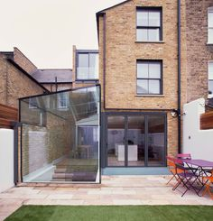 Rear extension on Hillier Road House Extension Design, Extension Designs, Glass Extension, Rear Extension, Extension Ideas, British Architecture, Beautiful Architecture, Amsterdam Houses, Stair Detail