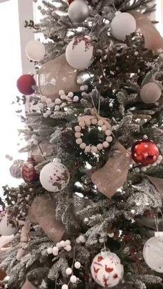 Christmas Tree With Gifts, Christmas Tree Decorations, Christmas Wreaths, Merry Christmas, Holiday Decor, Apartment Decoration, Christmas Bathroom Decor, Best Decor, Balls