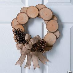 Holiday Wood Crafts, Christmas Projects, Christmas Diy, Christmas Ornaments, Homemade Christmas, Natural Christmas Decorations, Diy Crafts Home, Winter Wood Crafts, Wood Decorations