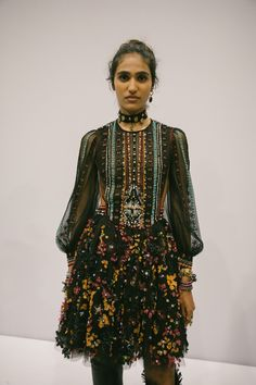 Youth and pop culture provocateurs since Fearless fashion, music, art, film, politics and ideas from today's bleeding edge. New Fashion Trends, Fashion 2020, High Fashion, Bohemian Style, Boho Chic, Dior Dress, Costume, Zac Posen, Couture Fashion