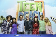 """PHOTO ALERT: DISNEY CHANNEL'S ROSS LYNCH LEADS """"TEEN BEACH MOVIE"""" CAST SIGNING & R5 PERFORMANCE AT #D23EXPO"""