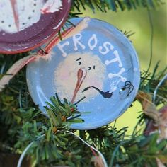 PRIMITIVE SNOWMAN ORNAMENT with Pipe on Metal Mason by Booth555