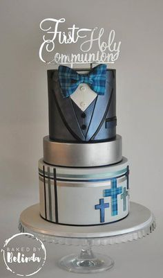 Religious Cake - First Communion Boy Communion Cake, First Holy Communion Cake, Cakes For Men, Just Cakes, Comunion Cakes, Cake Paris, Bolo Fack, Fondant Cakes, Cupcake Cakes