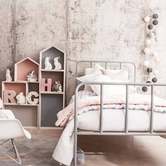 Toddler room decor inspiration, I love the bed! Girls Bedroom, Bedroom Decor, Bedroom Interiors, Bedroom Ideas, Deco Kids, Kids Room Design, Little Girl Rooms, Kid Spaces, Kids Decor
