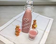 Himbeer-Eierlikör - Thermomix - Rezept von Thermiliscious Wine, Drinks, Bottle, Night, Youtube, Shopping, Food, Raspberry Liqueur, Eggnog Recipe