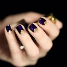 Este Lauder Bte Noire + F.U.N Lacquer Honey Bear / dark purple nails with golden triangles