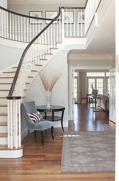 Love this stairway n hallway x