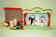 Giochi per bambini, ecco come costruire un teatrino con il riciclo creativo