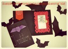 diy-invitation-miroir-a-gratter-deco-anniversaire-fete-enfants-chauve-souris-bat-halloween-vampires-chica-vampiro-free printable - kids - party - danslachambredemesenfants. Diy Invitation, Invitation Halloween, Invitations, Vampires, Girly, Free Printable, Frame, Movie Posters, Benoit